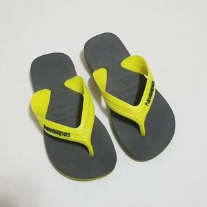 Havaianas Size 10 Yellow Gray Classic Flip Flop